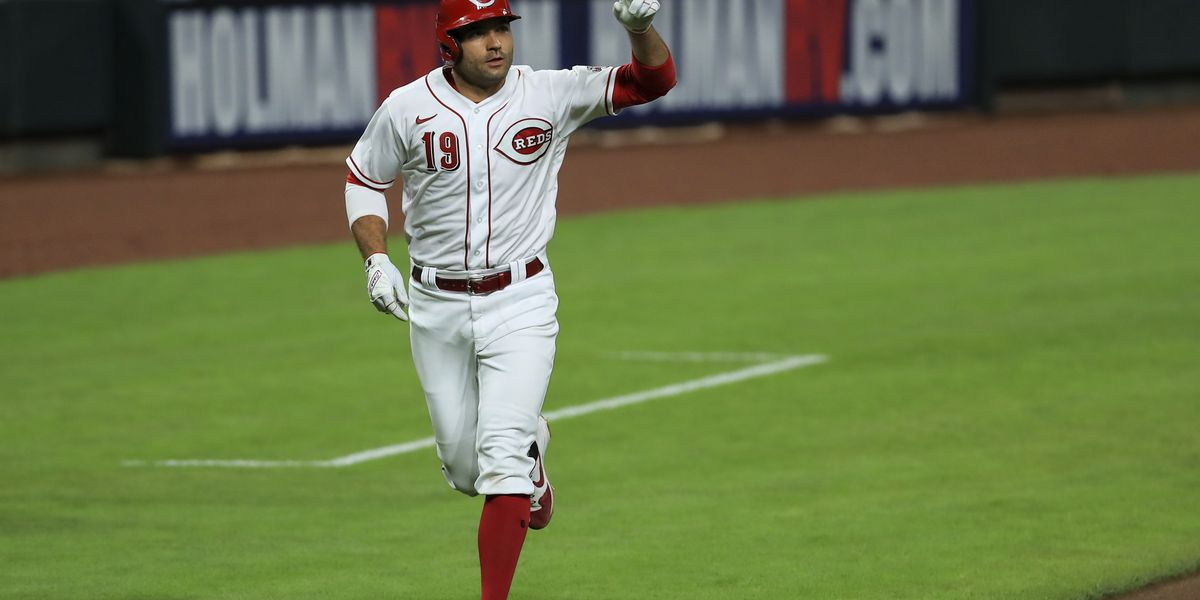 Reds 1B Joey Votto tests positive for COVID-19, per report
