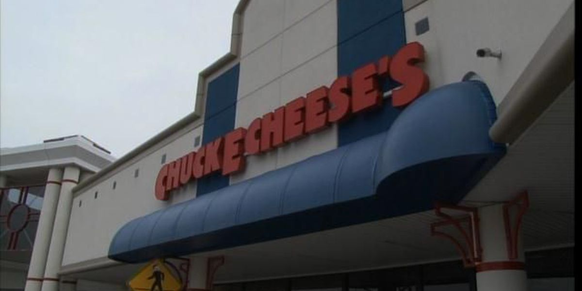 Four injured in fight at Chuck E. Cheese