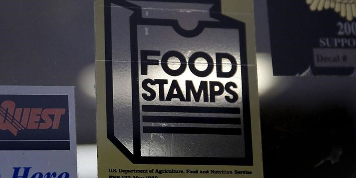 Audit: Dead people got food stamps, $29M spent out-of-state