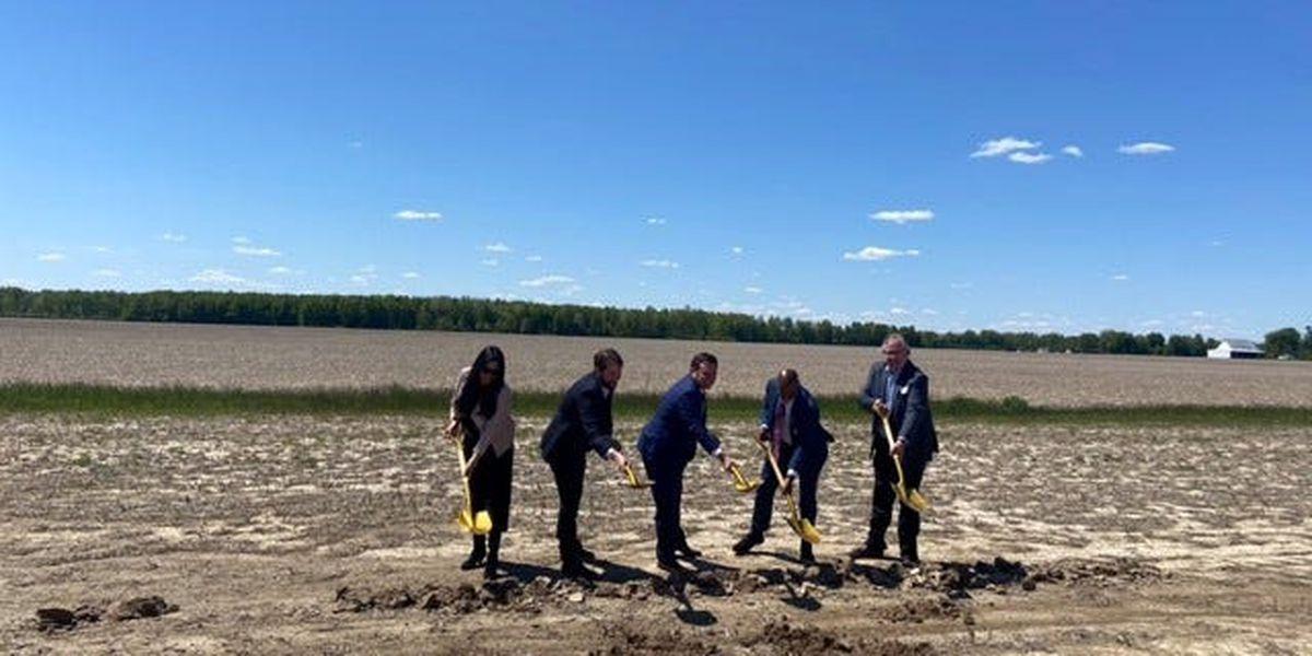 'A cleaner future.' Officials break ground on Cincinnati's massive new solar array project