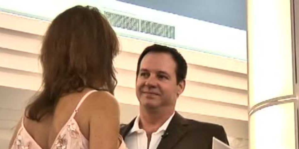 Couple got married at airport because of Hurricane Michael