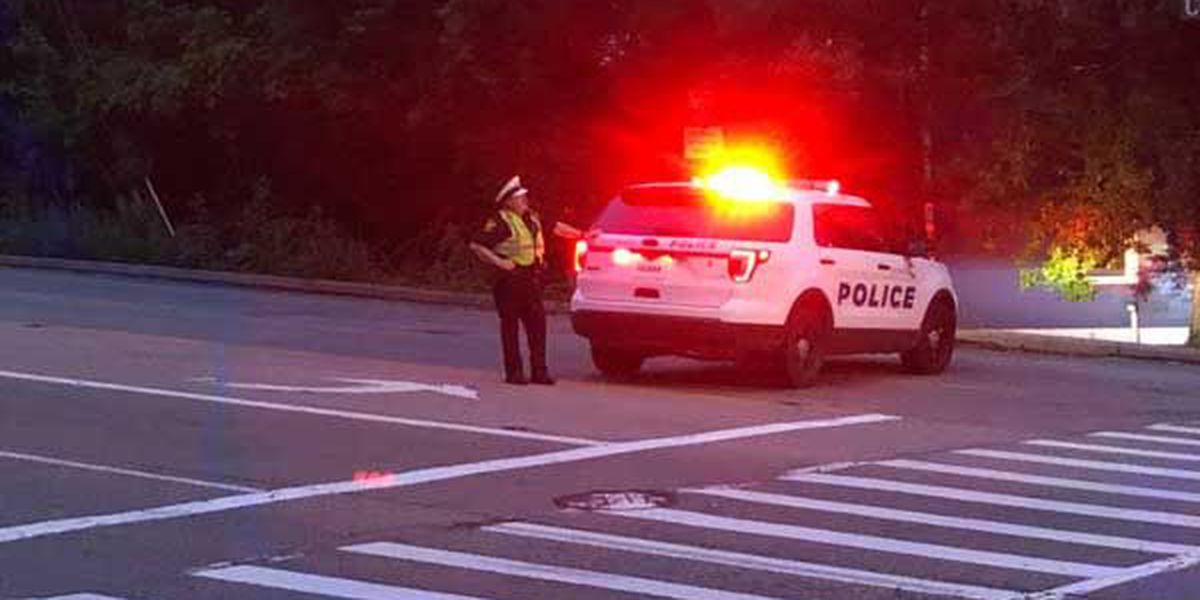 Man dies from injuries after Columbia Parkway head-on crash