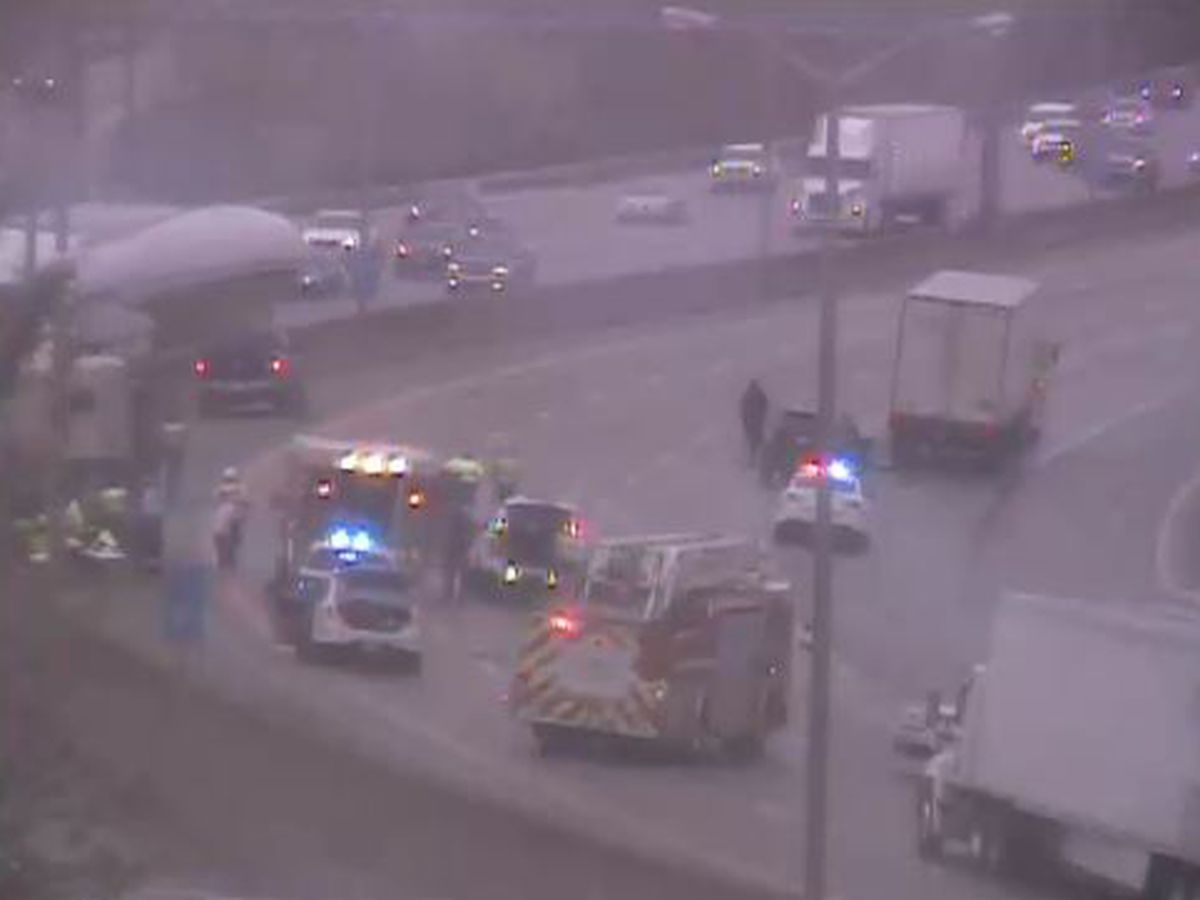 Pedestrian struck northbound I-71/75 near Burlington Pike
