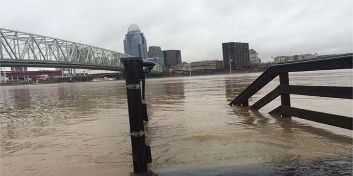 Riverside businesses reopen after Ohio River flood