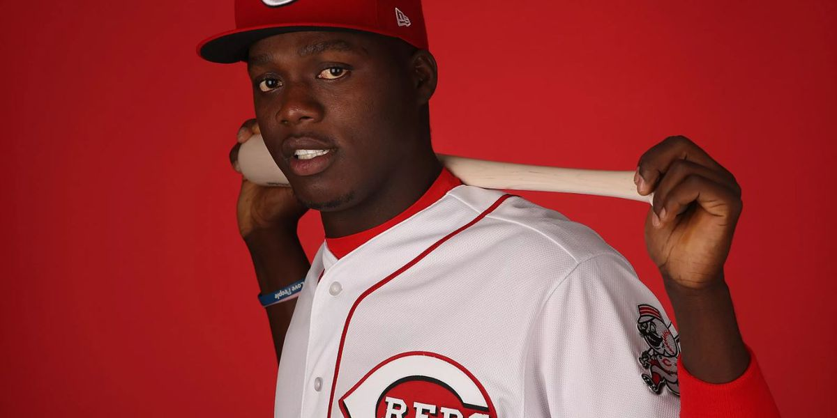 Aristides Aquino sweeps National League awards