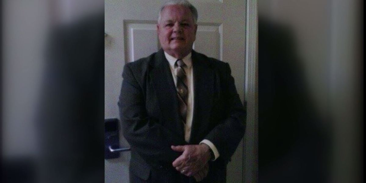 Assistant pastor at Warren County church killed in bicycle crash with pickup truck