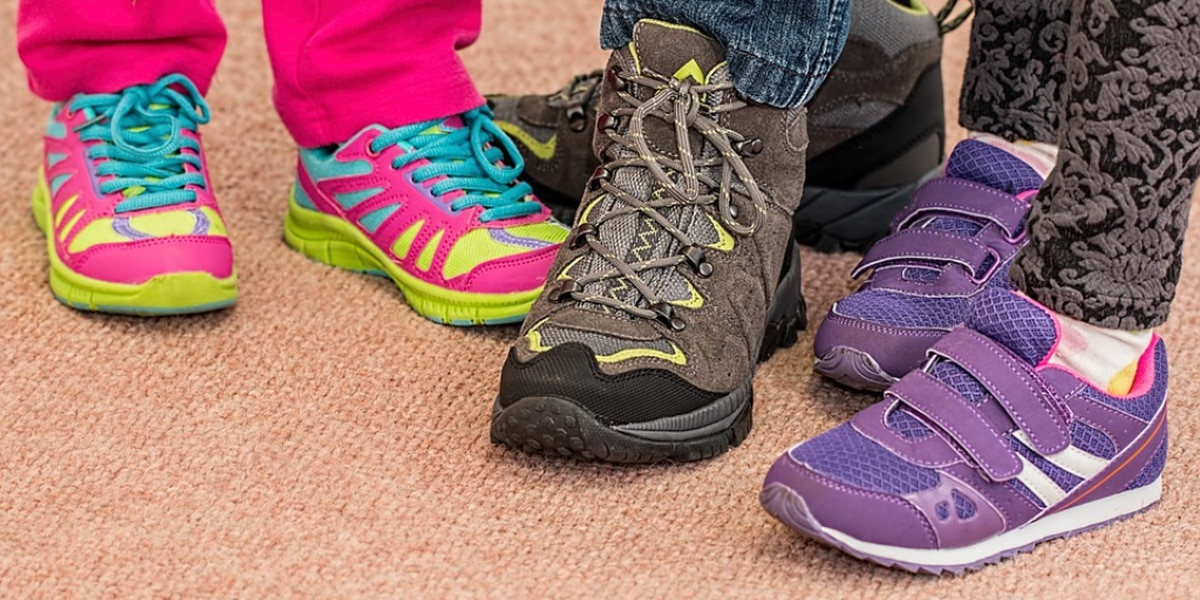 Nonprofit giving more than 1,000 new pairs of shoes to Northern Kentucky students