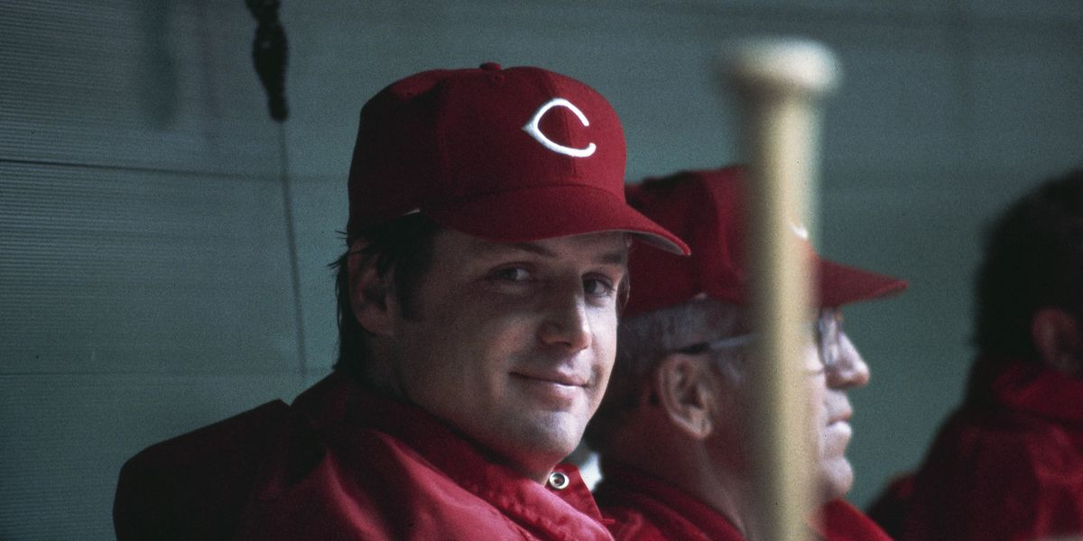 Cincinnati Reds pitcher Tom Seaver dies at 75