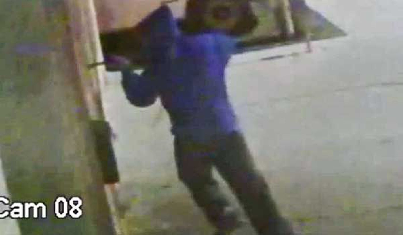 Authorities seek grocery safe thief