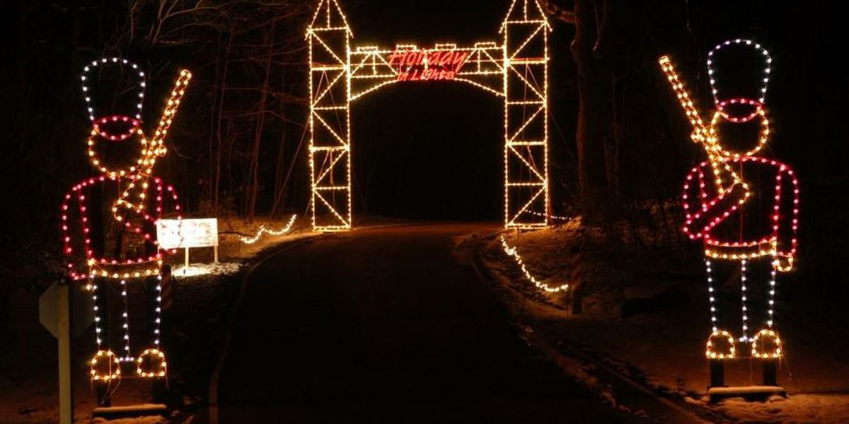 Drive Through Christmas Lights.Holiday In Lights Drive Through Show Now Underway At Sharon