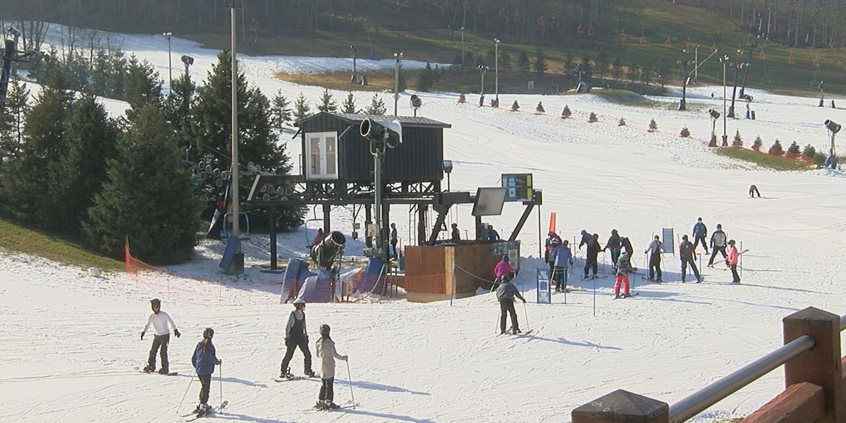 Perfect North Slopes opens for skiing, snowboarding