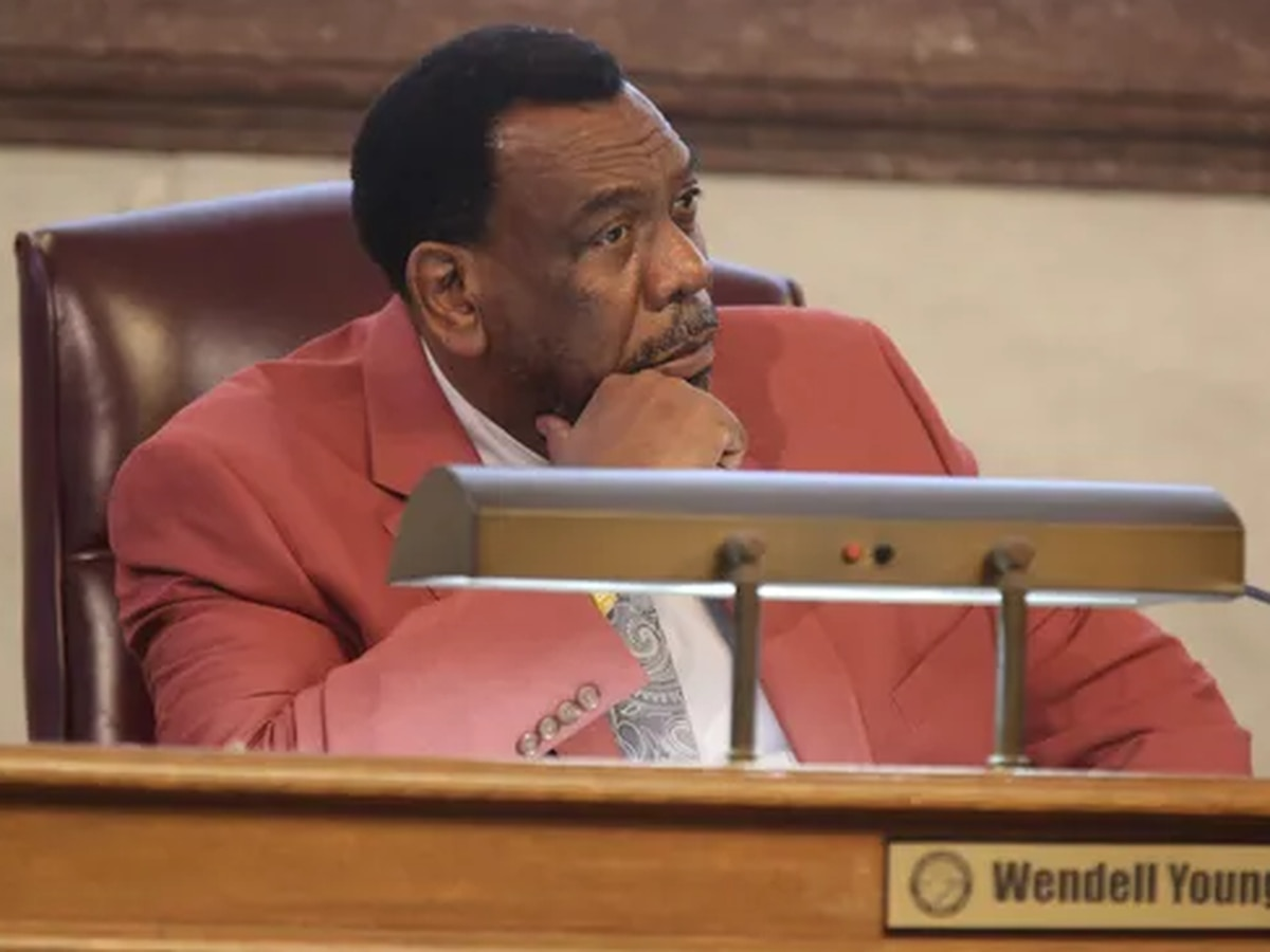 Special prosecutor to seek suspension of Cincinnati City Councilman Wendell Young after felony indictment