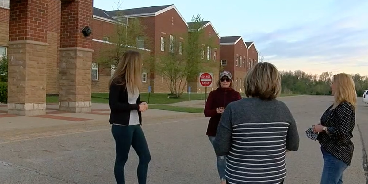 Lebanon mothers raising money to ensure every high-school student gets diploma