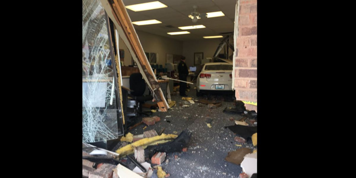 Car crashes into northern Kentucky storefront
