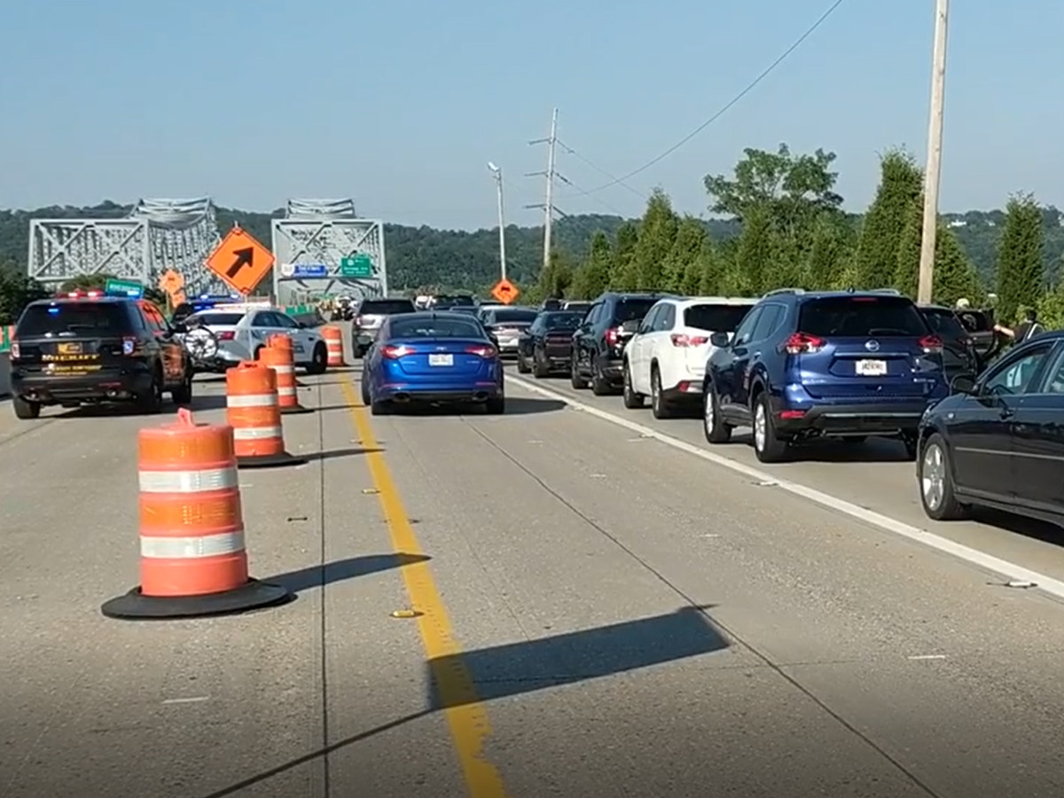 Eastbound Combs-Hehl Bridge lanes reopen after crashes involving 19 vehicles cause shutdown