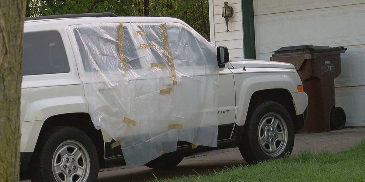 Teens arrested after vandalizing dozens of cars in Liberty Twp