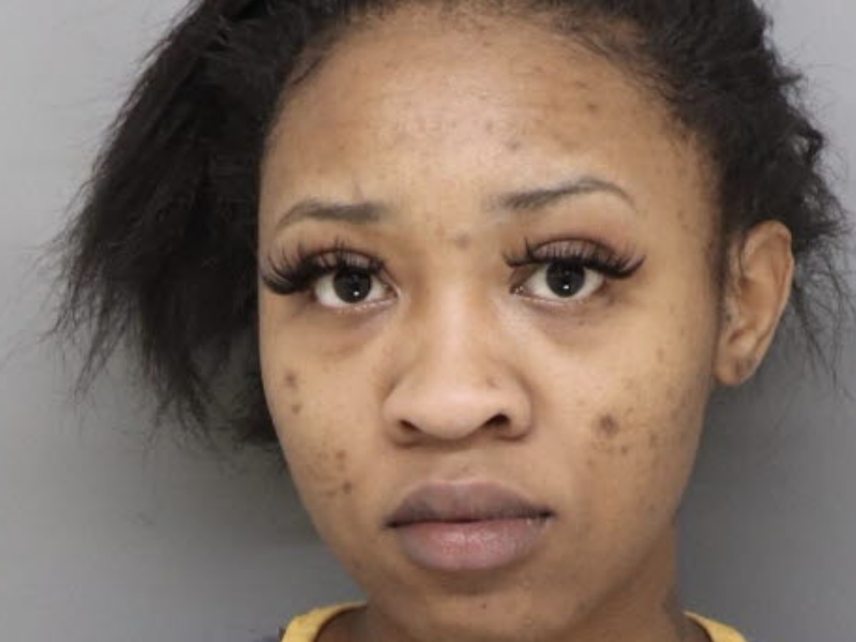 Police: 22-year-old arranged murder of Forest Park woman via text message