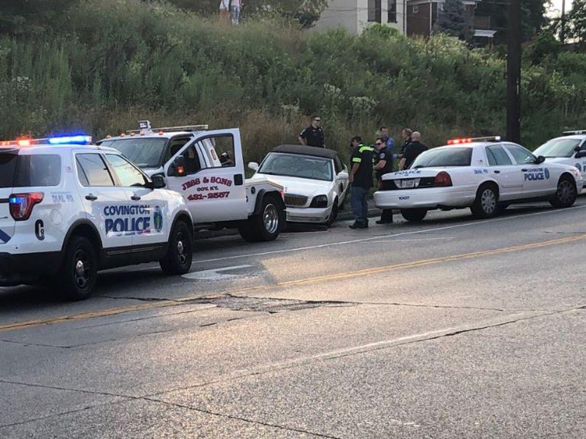 Police pursuit ends in crash in Covington