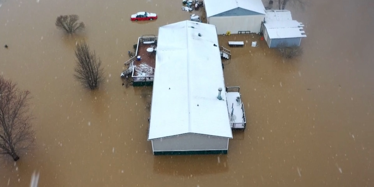First responders rescue Whitley County residents trapped in floodwaters