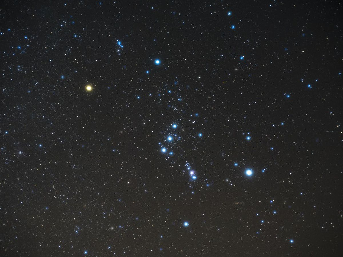 Look up, stargazers: Orionid meteor shower expected to peak this weekend