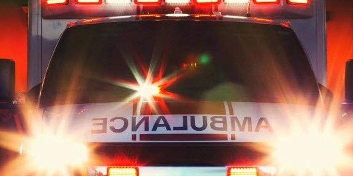 5 people, including 3 children, injured in West Harrison crash