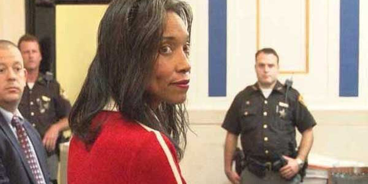 Supporters call for charges against former Hamilton County juvenile court judge Tracie Hunter to be dropped