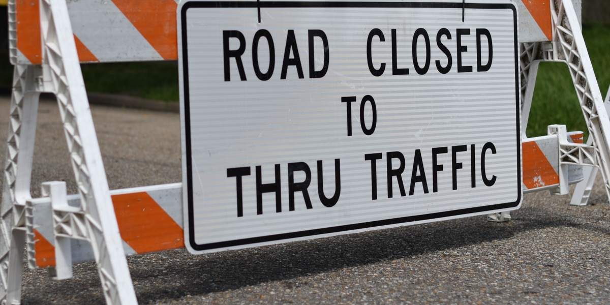 Traffic Alert: Ice closes Suspension Bridge, Clay Wade Bailey