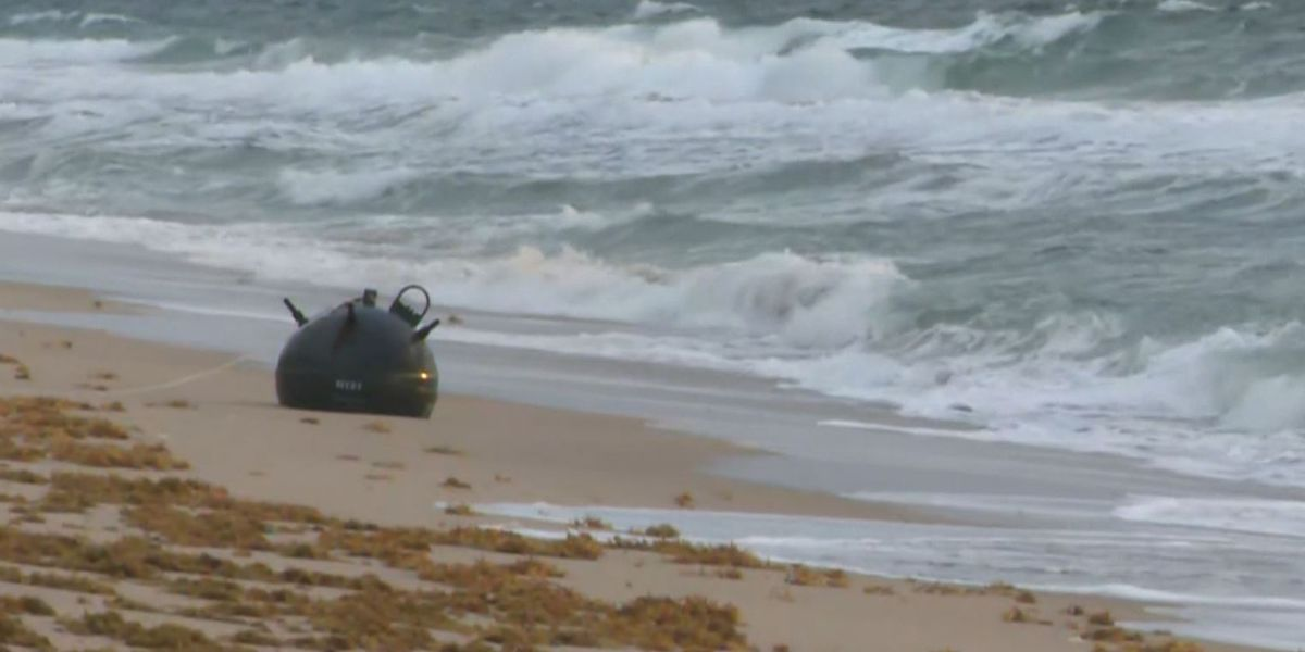 Naval mine washes ashore on Florida beach