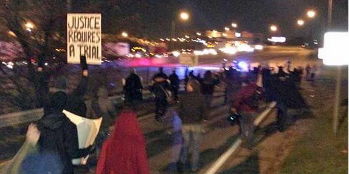 TIMELINE: Ferguson protests in Cincinnati shut down I-75