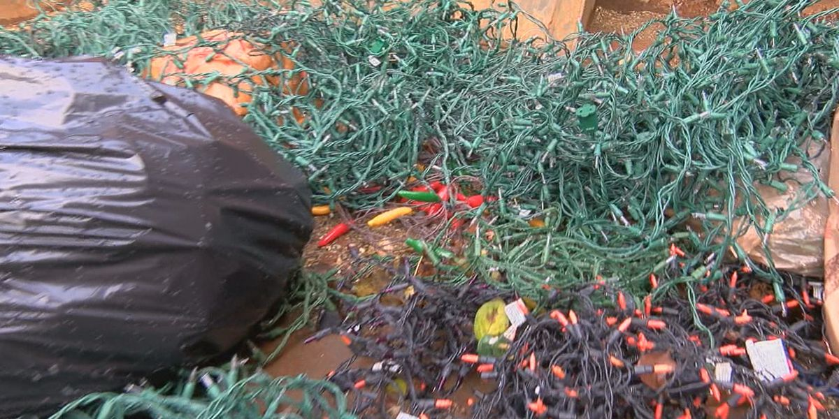 Here's how to get rid of your broken Christmas lights