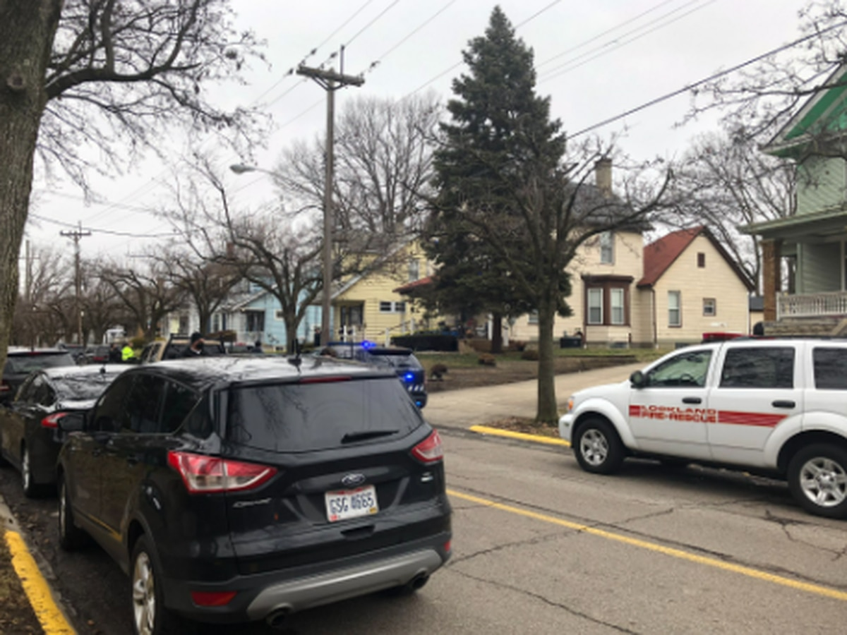15-year-old girl shot near Lockland High School, police say