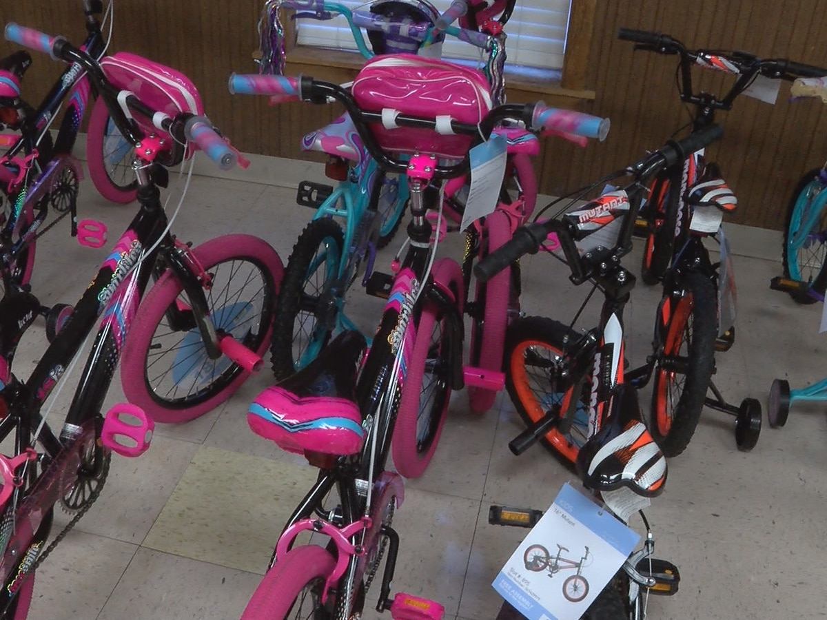 Warren Co. man collects bicycle donations to give to children in poverty