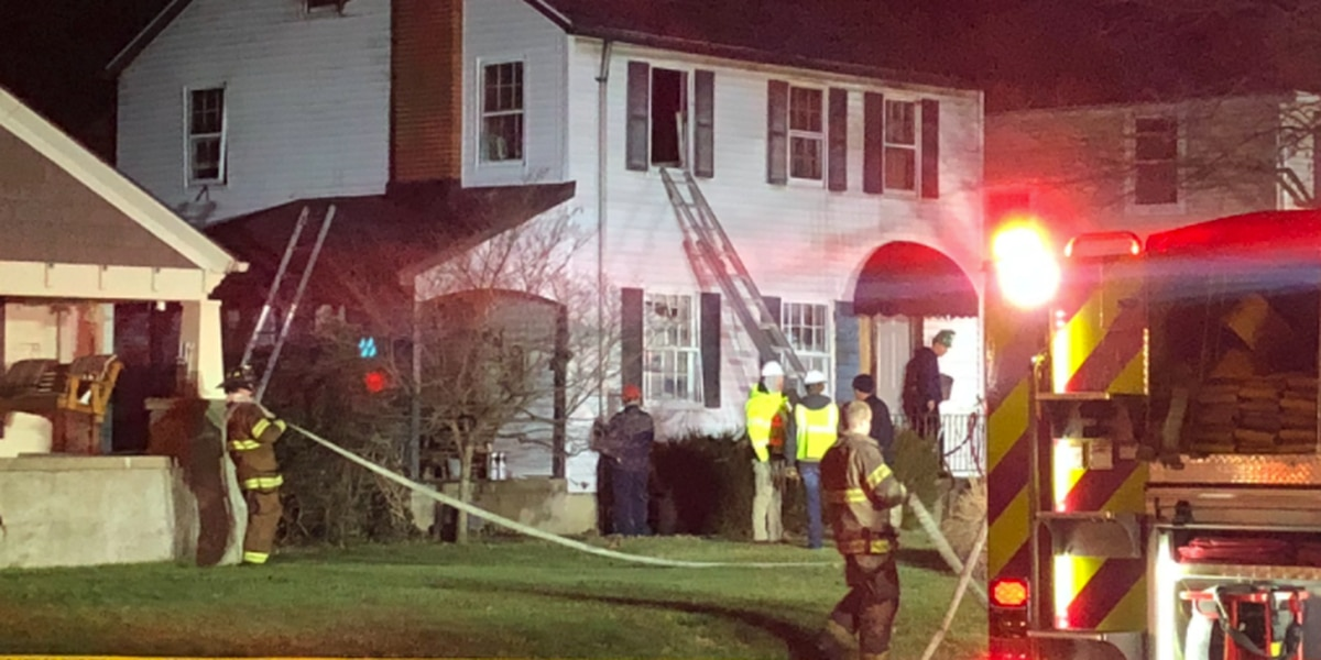 1 airlifted to hospital after Middletown house explosion