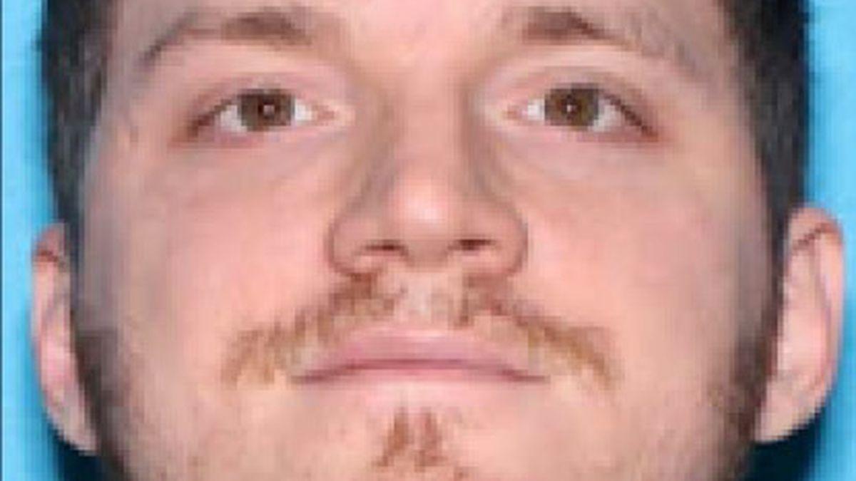 1 officer dead, 2 injured in Auburn shooting; Manhunt underway