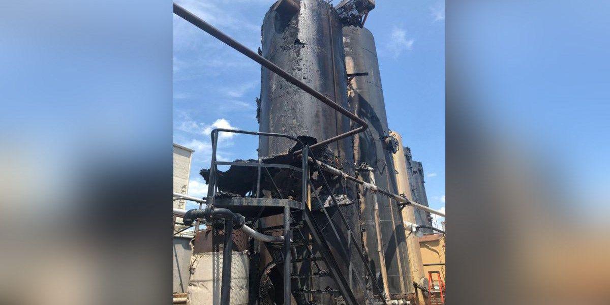 2 workers hurt in storage tank fire