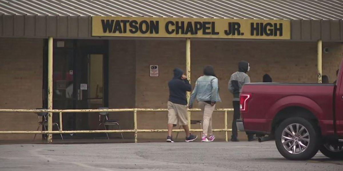 Boy dies days after shooting at Arkansas junior high