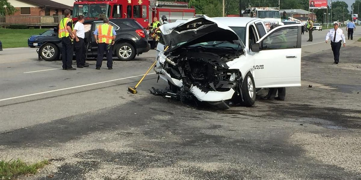 Medical helicopter dispatched to 3-vehicle Clermont Co. crash