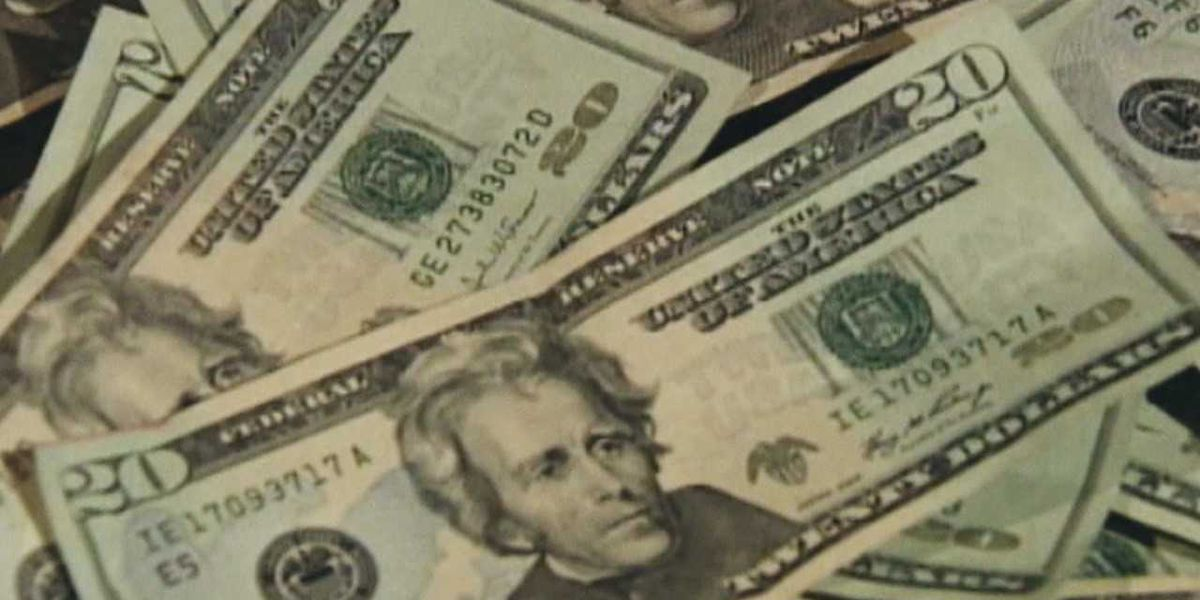 South Euclid, OH man dissatisfied with 'sexual services' wants his $500 back