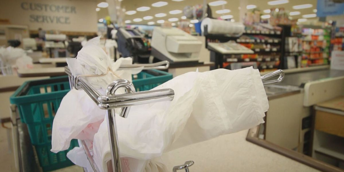Kroger backs proposal to ban plastic bags