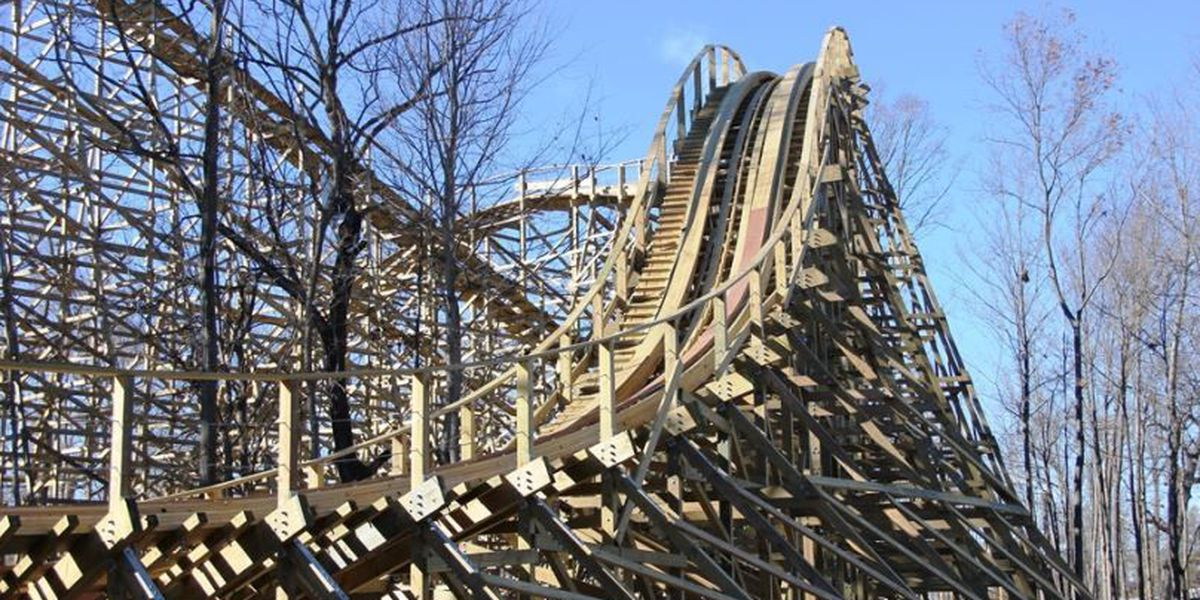 Kings Island begins daily operations