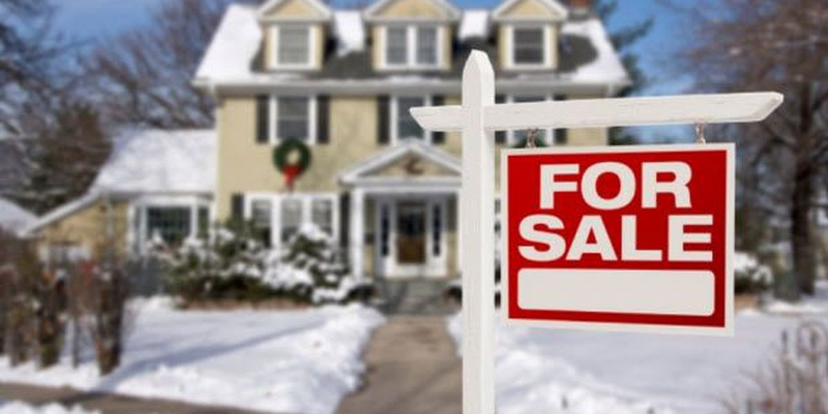 How to Sell your Home Before The New Year: 7 Tips for Selling Your Home During the Holidays