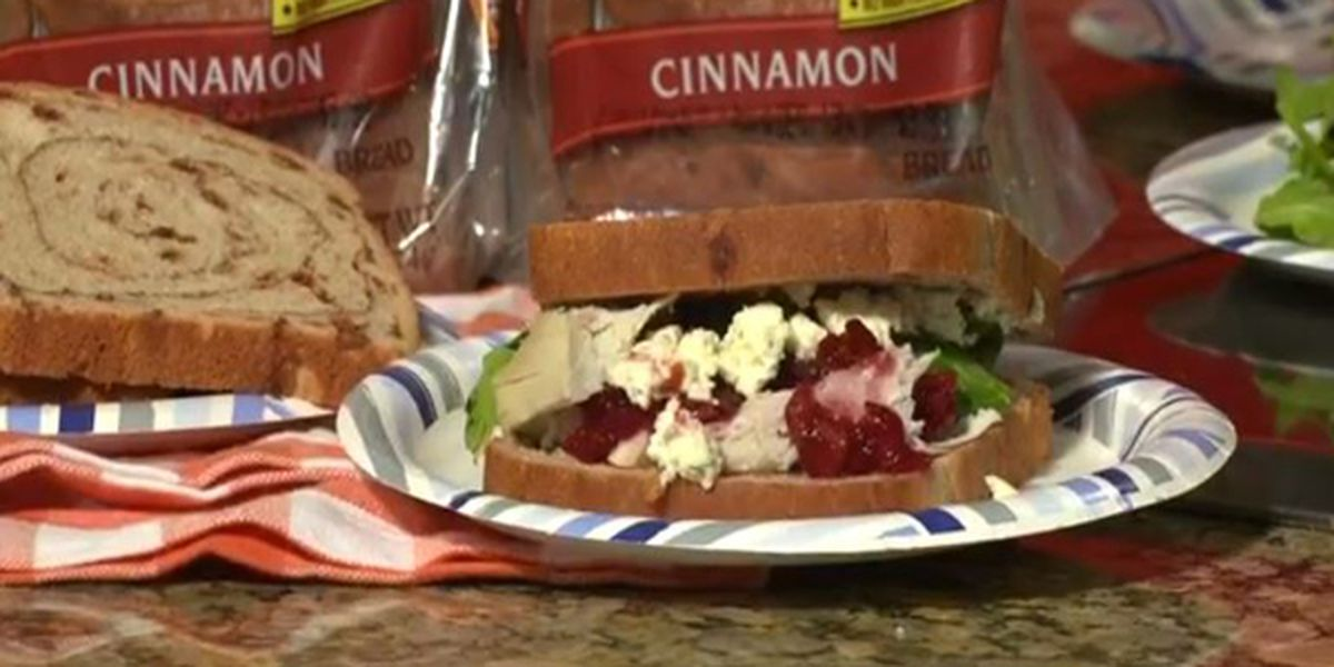 The Food Hussy's Copycat Thanksgiving leftover sandwich