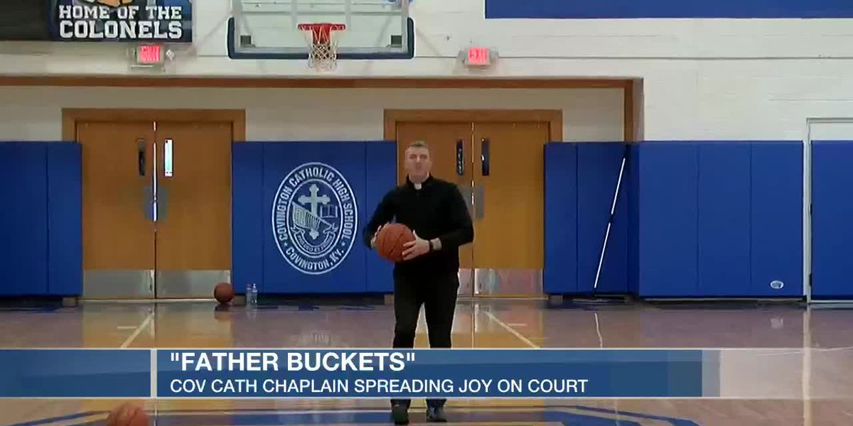 Covington Catholic chaplain spreading joy on the court