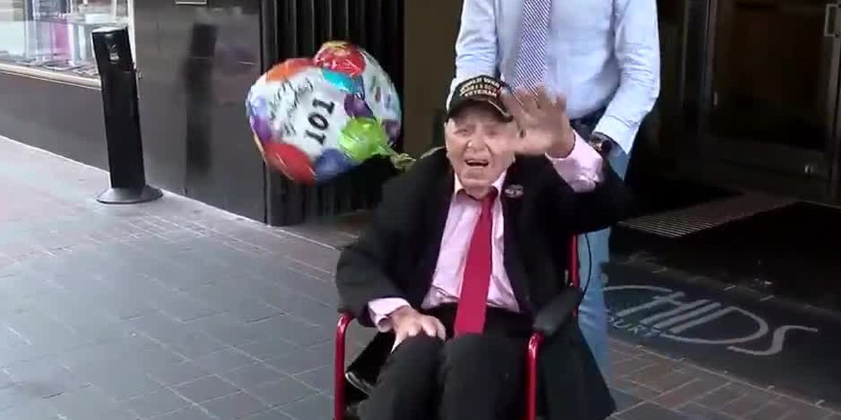 101-year-old WWII vet stops in Cincinnati during state-by-state journey