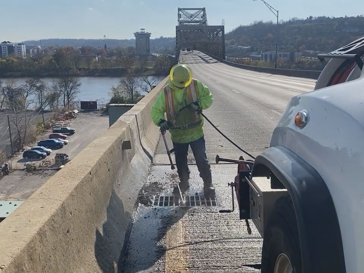 Brent Spence Bridge closure creates opportunity for maintenance crews