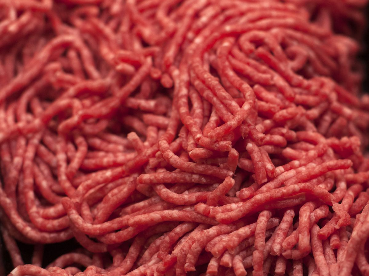 Company recalls ground beef in Ohio and other states due to possible plastic contamination