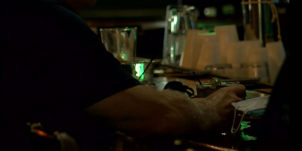 Last call for KY bars, restaurants pushed back, Gov. Beshear announces