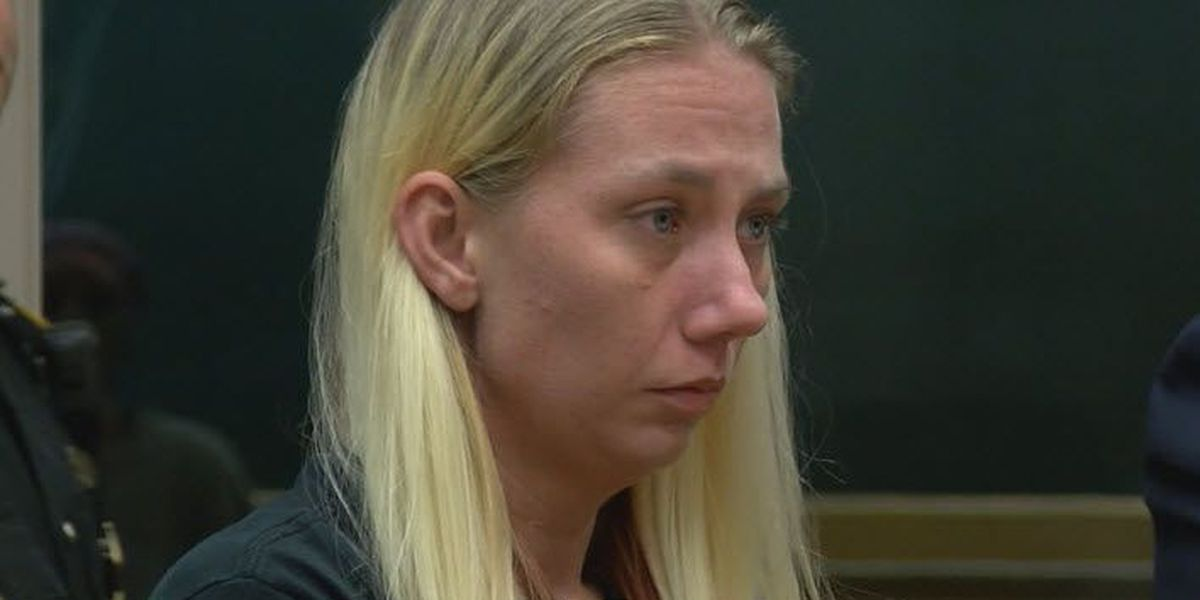 Police: Mom used heroin before crashing car with kids inside