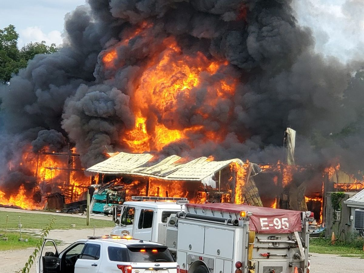 9 fire departments respond to blaze in Cleves business