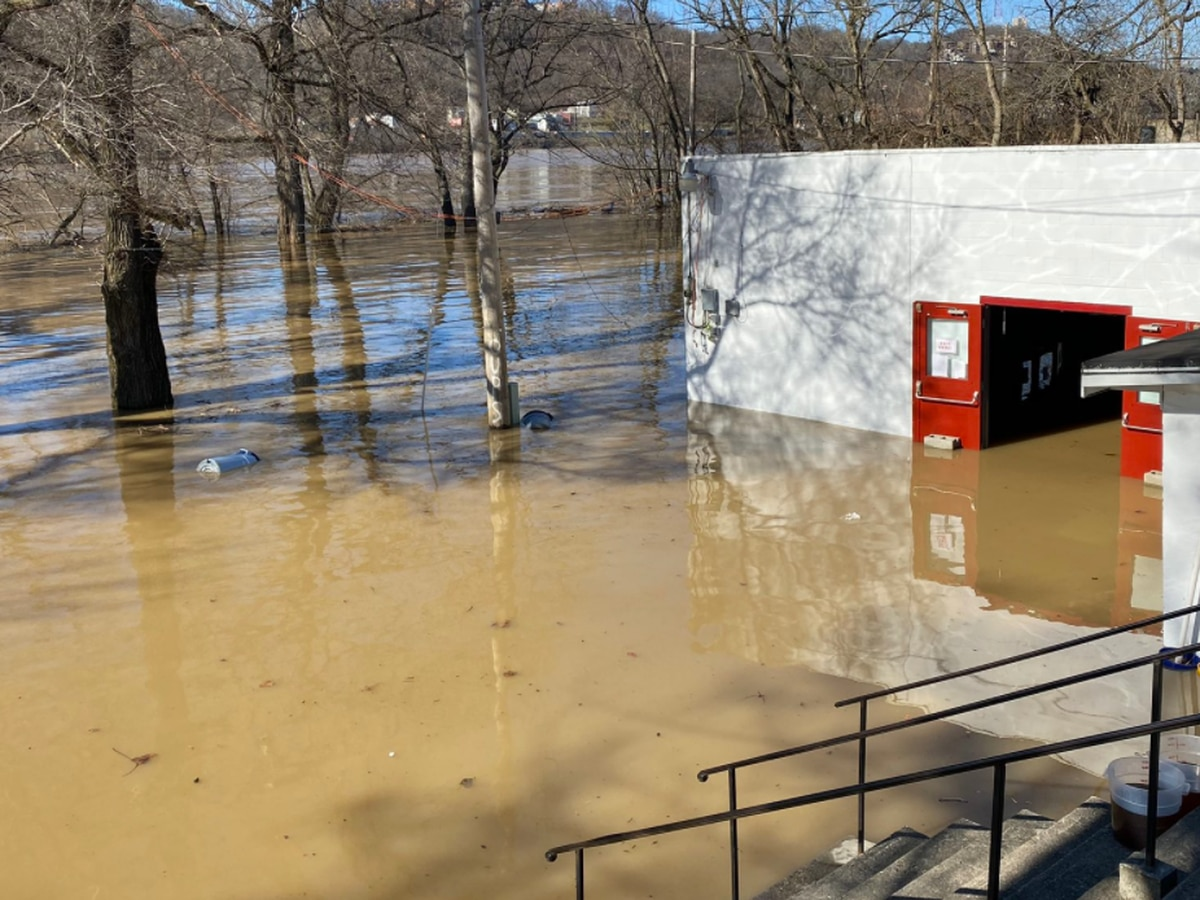 Local BBQ restaurant overtaken by floodwaters